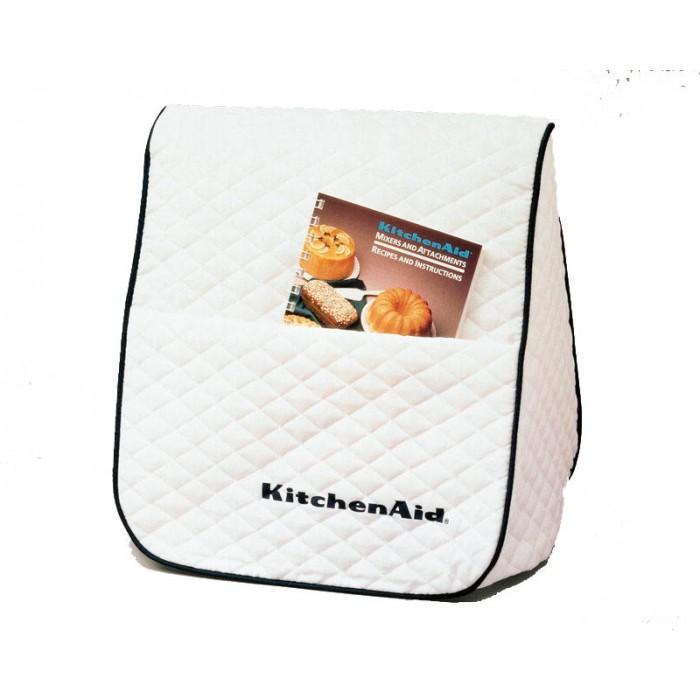 Чехол для миксера планетарного, полиэстер, KitchenAidАксессуары для миксеров<br>Чехол для миксера планетарного от KitchenAid надежно защищает мощное устройство от воздействия бытовой пыли и разного рода загрязнений в процессе его хранения.&#13;<br>&#13;<br>Материал изготовления - полиэстер, плотная ткань не только помогает предотвращать попадание пыли внутрь, но и защищает миксер планетарный от царапин.&#13;<br>Специальные вставки на чехле сохраняют его форму.&#13;<br>Большой карман, расположенный в передней части, используют для хранения различных мелочей, книги с кулинарными рецептами и блокнотов.&#13;<br>Стирается чехол в стиральной машине, порошком.&#13;<br>&#13;<br><br>