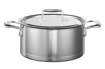 Кастрюля с крышкой, 5.68 л, 5 слоев, нержавеющая сталь, KC2C60LCST, KitchenAid5-х слойная посуда из нержавеющей стали<br>Многофункциональная кастрюля KitchenAid из нержавеющей стали подойдёт для приготовления первых и вторых блюд.&amp;nbsp;&#13;<br>Изготовлена по технологии Tri-Ply и состоит из пяти слоёв металла: нержавеющая сталь-алюминий-медь-алюминий-нержавеющая сталь.&amp;nbsp;&#13;<br>&#13;<br>Куполообразная крышка из закалённого стекла&#13;<br>Внутренние метки уровня жидкости&#13;<br>Разрешён нагрев до 260&amp;deg;С&#13;<br>Сварные рукоятки из нержавеющей стали&#13;<br>Разрешено мытьё в посудомоечной машине&#13;<br>&#13;<br>&amp;nbsp;<br>