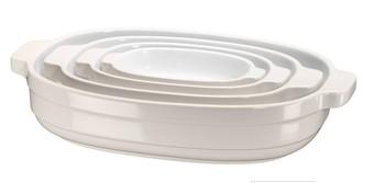 Набор керамических кастрюль (4 шт.), 0,5/0,9/1,8/3,3 л, кремовый, KBLR04NSAC, KitchenAidКерамическая посуда<br>УЖЕ В ПРОДАЖЕ!&#13;<br>Удобные и современные, керамические кастрюли KitchenAid требуют минимум места для хранения и идеально подходят как для запекания, так и для хранения, заморозки и разогревания блюд.Набор из 4-х кастрюль KitchenAid &amp;ndash; это вещь, которую необходимо иметь на кухне каждому поклоннику домашней кулинарии.&amp;nbsp;&#13;<br>&#13;<br>Керамические кастрюли изготавливаются из высококачественной глины, которая запекается при температуре свыше 1300оС. Такая посуда имеет плотную непористую структуру, не впитывает запахи, вкусы, жиры и легко моется.&#13;<br>Гладкая глазированная поверхность обладает естественными антипригарными свойствами, не подвержена трещинам и царапинам, не окрашивается.&#13;<br>Керамическая посуда удерживает тепло в несколько раз дольше, чем металлическая и идеально подходит для приготовления таких блюд как лазанья, коблер, различных запеканок и пирогов.&#13;<br>Эргономичные ручки удобны при перемещении посуды.&#13;<br>Современный дизайн кастрюль позволяет подавать ваши любимые блюда из духовки прямо на стол.&#13;<br>Керамические кастрюли можно мыть в посудомоечной машине, использовать в микроволновой печи и помещать в морозильную камеру.&#13;<br>Предлагаемые расцветки гармонируют с цветами кухонной техники KitchenAid&#13;<br><br>