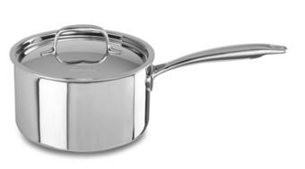 Сотейник с крышкой, 2.84 л, 5 слоев, нержавеющая сталь, KC2C30EHST, KitchenAid5-х слойная посуда из нержавеющей стали<br>Универсальный сотейник KitchenAid из нержавеющей стали с крышкой объёмом 2,8 л подойдёт для обжаривания или тушения мяса, овощей, приготовления домашних супов, джема, варенья, рисового пудинга.&#13;<br>Сотейник изготовлен с использованием технологии Tri-Ply и состоит из 5 слоев металла &amp;ndash; меди, алюминия и нержавеющей стали. Жар равномерно прогревает не только дно сотейника, но и его стенки, позволяя получить оптимальные результаты готовки.&#13;<br>&#13;<br>Для всех видов плит&#13;<br>Внутренние метки уровня жидкости&#13;<br>Для использования в духовом шкафу&#13;<br>Можно мыть в посудомоечной машине&#13;<br>Сварные рукоятки&#13;<br>&#13;<br>&amp;nbsp;<br>