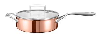 Сотейник с крышкой, 3.31 л, медь, KC2P35EHCP, KitchenAid3-слойная медная посуда<br>Медный сотейник с крышкой KitchenAidобъёмом 3,3 л – универсальная посуда, которая пригодится на любой кухне. Невысокие стенки и внушительный диаметр дна удобны для приготовления блюд, которые нужно постоянно перемешивать: ризотто, рагу, тушеные овощи, суп-пюре. Подойдёт для приготовления варенья.&#13;<br>Сотейник изготовлен по современной технологии 3-Ply, дно и стенки состоят из 3-х слоёв металла: меди, алюминия и нержавеющей стали. Такой «сэндвич» обеспечит быстрый и равномерный нагрев, а ваша пища не пригорит ни в коем случае. &#13;<br>&#13;<br>Для всех видов плит&#13;<br>Для использования в духовом шкафу&#13;<br>Клёпаные рукоятки&#13;<br><br>