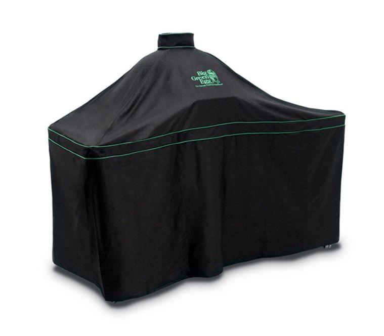 Чехол вентилируемый для гриля XL в столе, черный, Big Green EggЧехлы для грилей<br>Используя гриль BGE на улице, нужно позаботиться о его защите. С помощью специального вентилируемого чехла, на 100% устойчивого к любым погодным условиям, вы сохраните ваш Big Green Egg таким же новеньким и блестящим, как и в день покупки.&#13;<br>&#13;<br>Изготовлен из прочной ткани с логотипом Big Green Egg&#13;<br>Легко снимать и надевать с помощью удобных ручек&#13;<br>Застегивается на липучку для дополнительной защиты&#13;<br>Хорошо вентилируется для предотвращения накопления влаги под чехлом&#13;<br>Можно стирать вручную либо в стиральной машине в холодной воде, используя режим для деликатной стирки.&#13;<br><br>