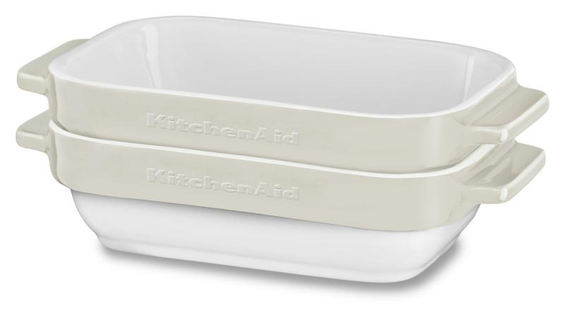 Набор керамических чаш прямоугольных для запекания (2 шт.), 0,45 л, кремовый, KBLR02MBAC, KitchenAidКерамическая посуда<br>Жаропрочная керамика KitchenAid изготовлена из непористого кулинарного фарфора и покрыта стекловидной глазурью.&#13;<br>&#13;<br>подходит для приготовления и хранения блюд&#13;<br>стильный дизайн и отделка фирменных расцветок&#13;<br>не впитывает запахи, легко моется&#13;<br>&#13;<br><br>