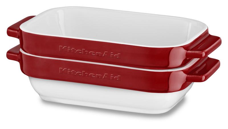 Набор керамических чаш прямоугольных для запекания (2 шт.), 0,45 л, красный, KBLR02MBER, KitchenAidКерамическая посуда<br>Жаропрочная керамика KitchenAid изготовлена из непористого кулинарного фарфора и покрыта стекловидной глазурью.&#13;<br>&#13;<br>подходит для приготовления и хранения блюд&#13;<br>стильный дизайн и отделка фирменных расцветок&#13;<br>не впитывает запахи, легко моется&#13;<br>&#13;<br><br>