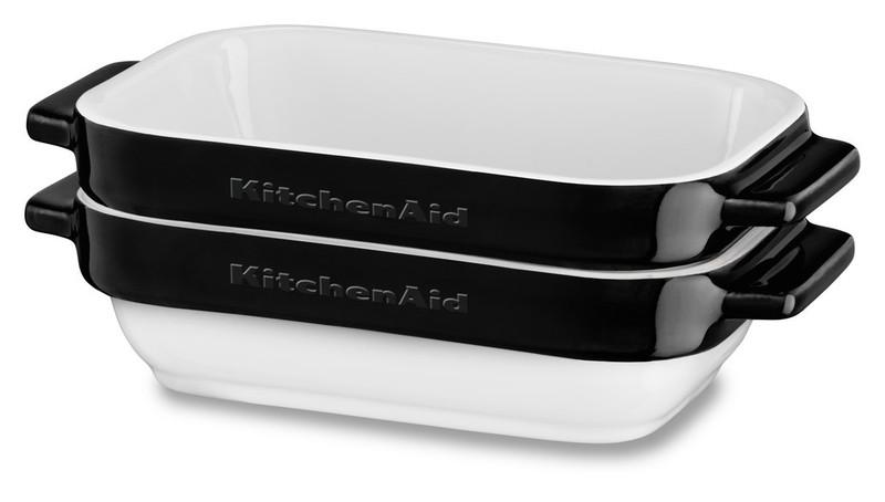 Набор керамических чаш прямоугольных для запекания (2 шт.), 0,45 л, черный, KBLR02MBOB, KitchenAidКерамическая посуда<br>Жаропрочная керамика KitchenAid изготовлена из непористого кулинарного фарфора и покрыта стекловидной глазурью.&#13;<br>&#13;<br>подходит для приготовления и хранения блюд&#13;<br>стильный дизайн и отделка фирменных расцветок&#13;<br>не впитывает запахи, легко моется&#13;<br>&#13;<br><br>
