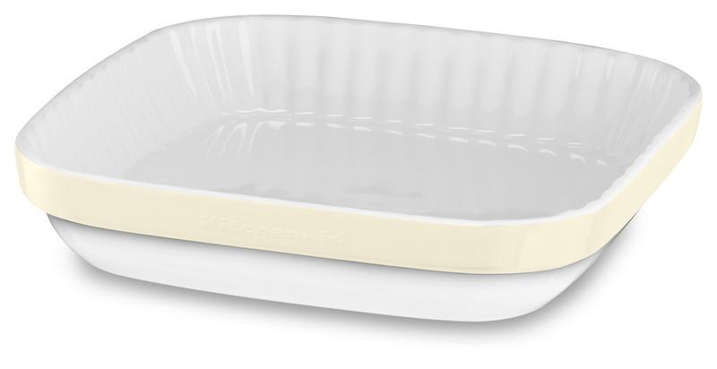 Керамическая форма для запекания, 26x26 см, кремовая, KBLR09AGAC, KitchenAidКерамическая посуда<br>Жаропрочная керамика KitchenAid изготовлена из непористого кулинарного фарфора и покрыта стекловидной глазурью.&#13;<br>&#13;<br>подходит для приготовления и хранения блюд&#13;<br>стильный дизайн и отделка фирменных расцветок&#13;<br>не впитывает запахи, легко моется&#13;<br>&#13;<br><br>