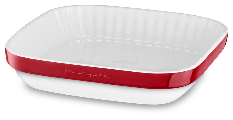 Керамическая форма для запекания, 26x26 см, красная, KBLR09AGER, KitchenAidКерамическая посуда<br>Жаропрочная керамика KitchenAid изготовлена из непористого кулинарного фарфора и покрыта стекловидной глазурью.&#13;<br>&#13;<br>подходит для приготовления и хранения блюд&#13;<br>стильный дизайн и отделка фирменных расцветок&#13;<br>не впитывает запахи, легко моется&#13;<br>&#13;<br><br>